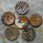 Buttons P1130028
