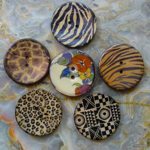 Buttons P1130029